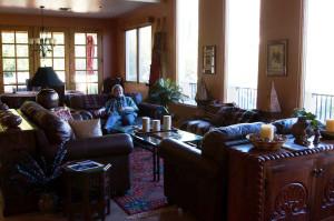 Val-in-livingroom