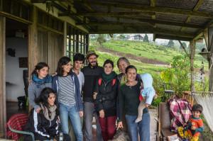 Laura y familia en la cabaña (1 of 1)